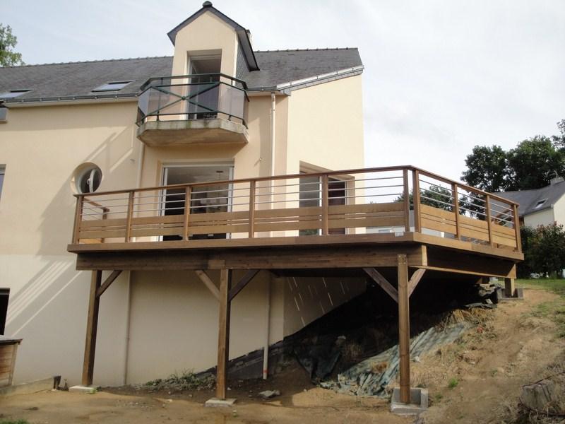 Terrasse sur poteaux à Orvault